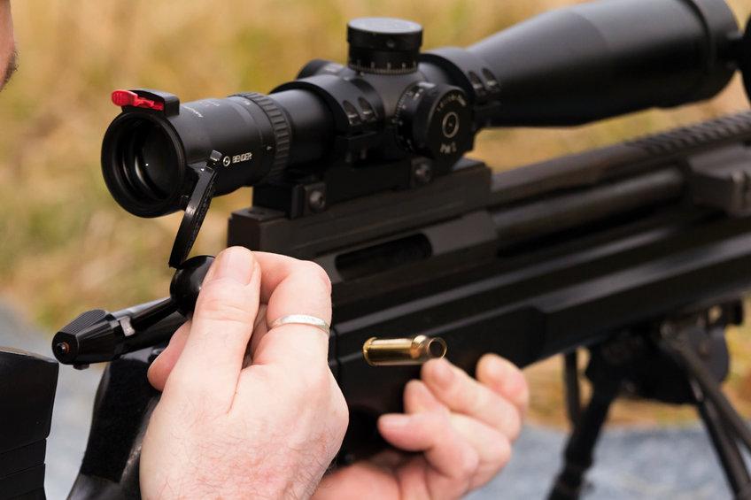 Zielfernrohr am Gewehr